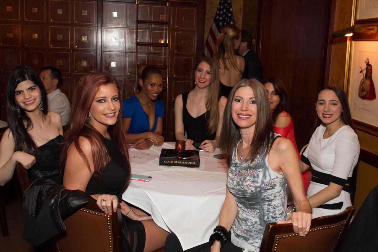 Madison Avenue Agency Club Macanudo 2