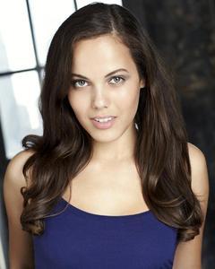 Scarlett-Angelina-4